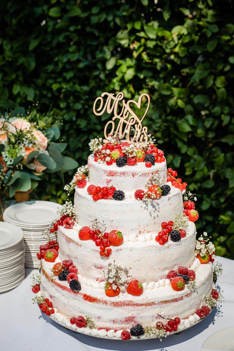 Bruiloft taart mr and mrs cake topper naked cake