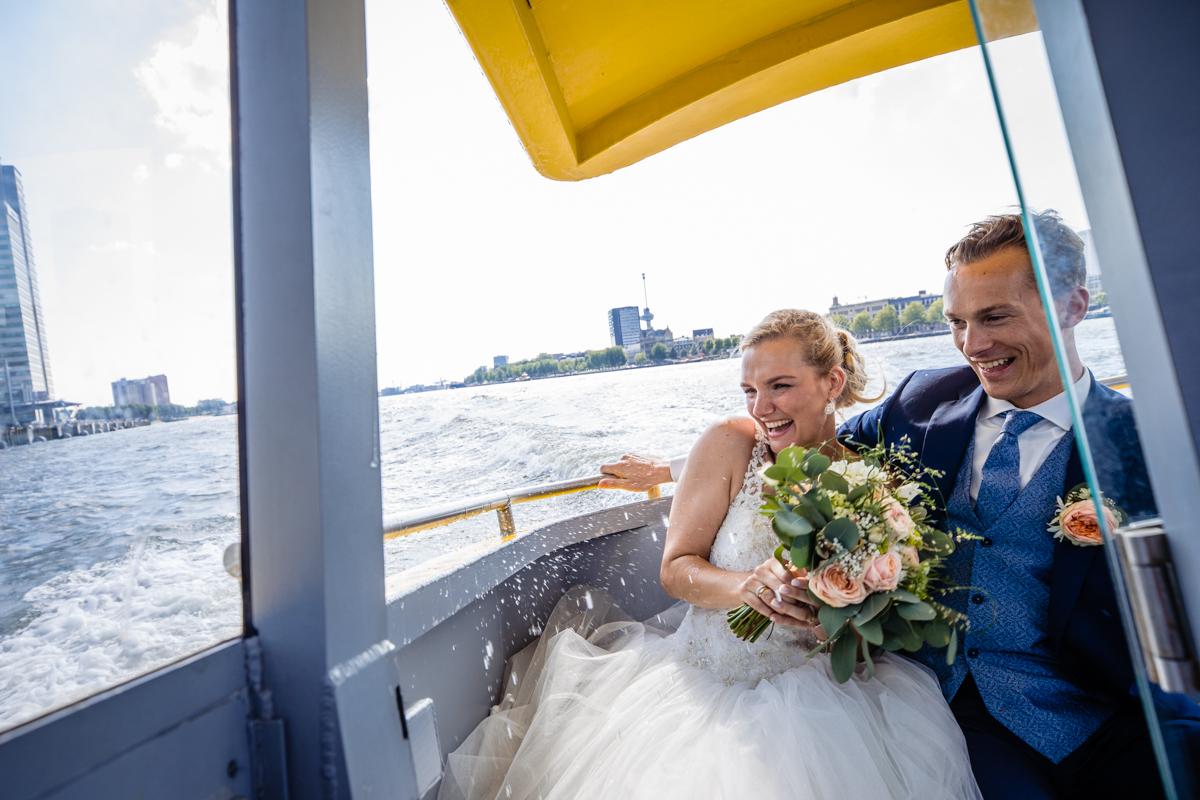 Trouwen Rotterdam Watertaxi Erasmusbrug