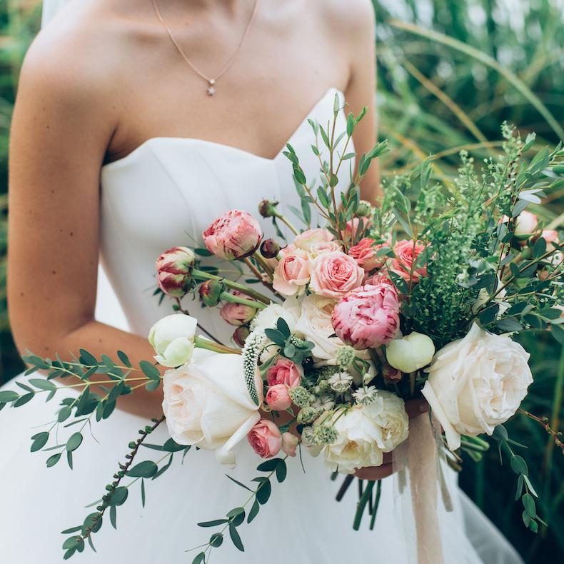 Bruid boeket ceremoniemeester